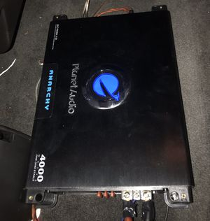 2-12's kickers cvrs 4000 watt planet audio amp for Sale in Houston, TX