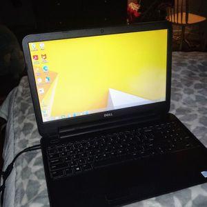 Dell inspiron 3521 laptop 4 GB RAM 500 GB HD for Sale in Las Vegas, NV