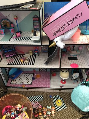 Perfect 4 XMAS! LOL Surprise Dolls & House!! for Sale in Seattle, WA