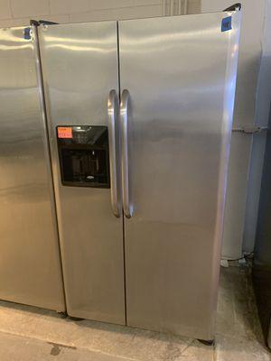 GE Side By Side Refrigerator 1 Year Warranty for Sale in Live Oak, TX