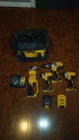DeWalt 20v max & max XR for Sale in Tacoma, WA