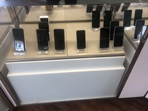 iPhone 6 7 6S 6 Plus and galaxy S8 for sale for Sale in San Francisco, CA