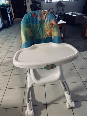 High chair for Sale in Fort McDowell, AZ