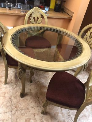 Dining table for Sale in Oakland Park, FL
