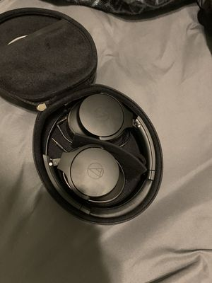 Audio Technica ATH-ANC 900BT Noise Cancelling Headphones for Sale in Lake Elsinore, CA