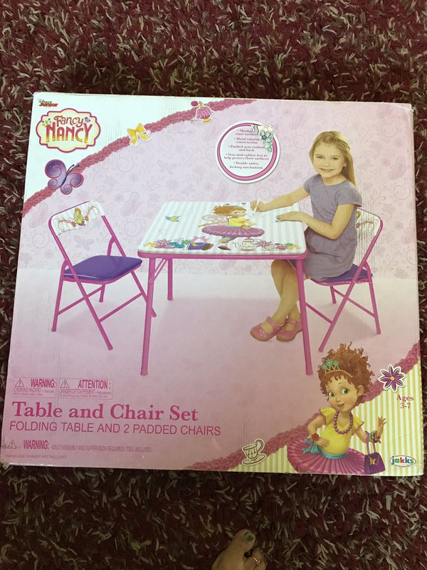 Fancy Nancy kids table and chair set