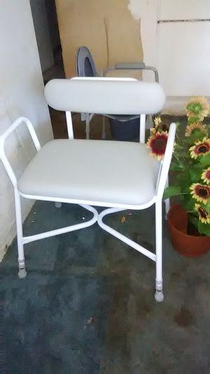 Medical bench for Sale in St. Petersburg, FL