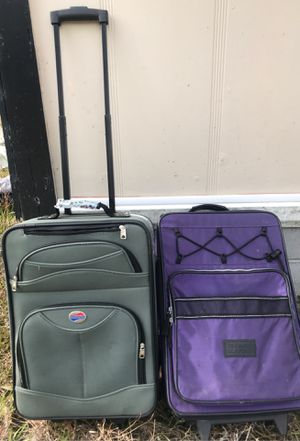 $20 Luggage American Tourister/ ultimate sport for Sale in Guyton, GA