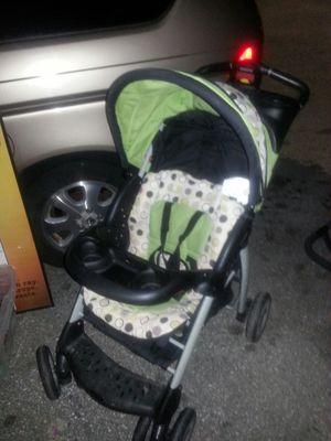 Folding baby stroller great shape for Sale in Glen Burnie, MD