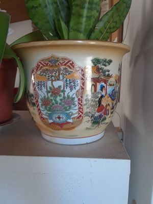 Chinese flower pot. for Sale in El Cajon, CA