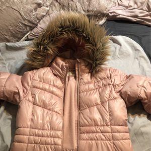 Micahel Kors Girls XL Puffer Long Jacket for Sale in Los Angeles, CA