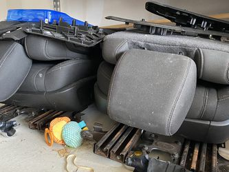 Chevy Traverse Captain Seats for Sale in San Antonio,  TX