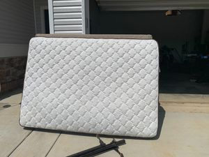 Full Mattress and Box Spring for Sale in Columbia, TN
