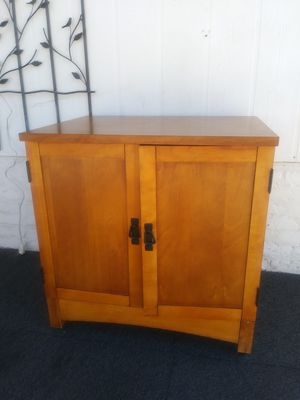 """Dresser/desk 30""""tall 30""""long 22""""deep for Sale in Moreno Valley, CA"""