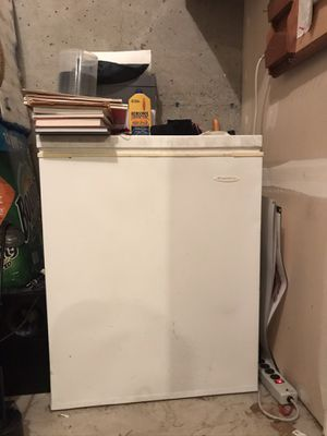Freezer for food for Sale in Beaverton, OR