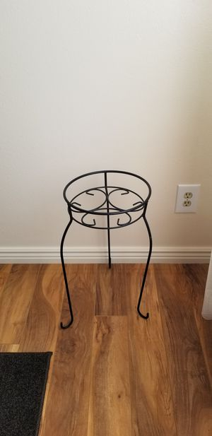 DAZONE Metal 1 Tiers Plant Stand Indoor Floor Model Potted Plant Stand (Black) for Sale in Aurora, CO