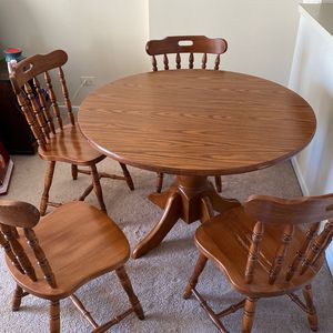 Wood Table With 4 Chairs - Great Condition! for Sale in Lombard, IL