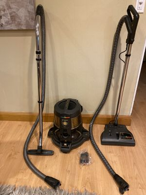 Rainbow vacuum aspiradora in excellent condition works perfectly, for Sale in Coral Springs, FL