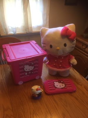 Hello Kitty lot Doll Storage pencil Halloween for Sale in Columbus, NJ