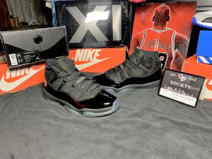Sz 11 Air Jordan Retro 11 Cap and Gown 🎓 worn 2 times for Sale in Roseville, CA