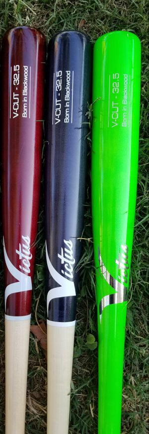 """Brand New Victus V-Cut Pro Maple Ink Spot Baseball Bats Size 32.5"""" What Color You Like. for Sale in West Covina, CA"""