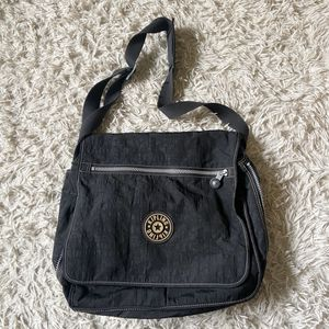 kipling messenger bag for Sale in South Holland, IL