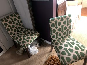 4 green and creme kitchen table chairs $150 must go for Sale in College Park, GA