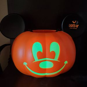Light up Mickey mouse trick or treat bucket. for Sale in Bell Gardens, CA