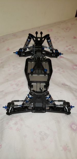 Team Associated B5M Factory Lite rc slider with body, wing, wing mount & decals for Sale in Pearl City, HI