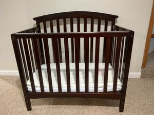 Infant Crib for Sale in Providence, RI
