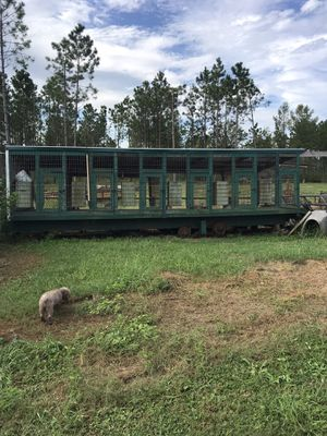 Gooseneck 6 bay dog tralor.can be used for permanent pen or portiable. $4000.00 auto feeders in each pen . for Sale in US