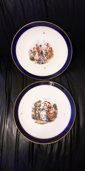 """Set of 2 Antique / Vintage Porcelain China Plates Bavaria Germany 10"""" from 1940s for Sale in Pompano Beach, FL"""