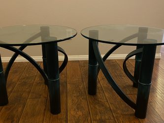 2 Coffee Side Tables for Sale in Corona,  CA