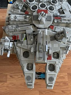 LEGO Millennium Falcon 10179 for Sale in Beavercreek,  OR