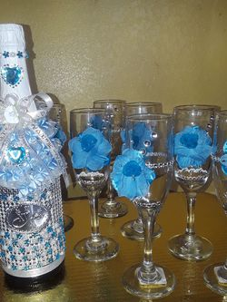 Decoración De Botellas Para Brindis Con Copas O Solas Para Mesas for Sale in Riverside,  CA