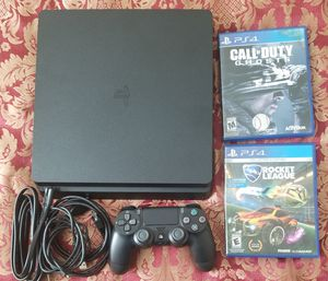 1TB Slim PS4 with 2 games for Sale in Tracy, CA