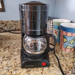 Small 5-Cup Drip Coffee Maker for Sale in Phoenix, AZ