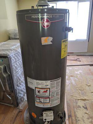 50 gal Rheem Performance Plus gas water heater for Sale in Aurora, IL