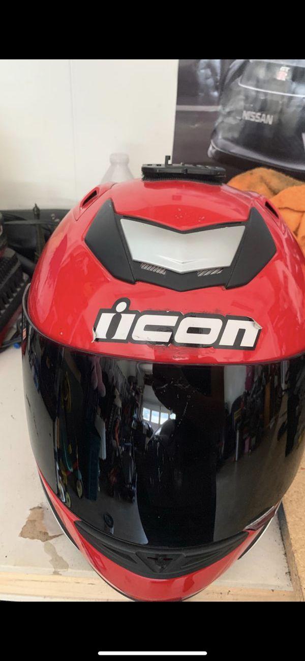 Motorcycle helmet (Medium)