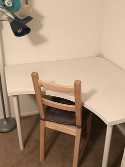 Corner Desk, Chair, And Lamp for Sale in Huntington Beach,  CA