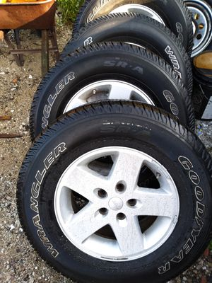 Set of Jeep wheels for Sale in Zion, IL