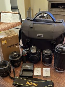 Nikon D5600 Camera and Lens Set for Sale in Corona,  CA