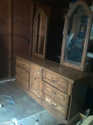 6 drawer dresser for Sale in Oroville, CA