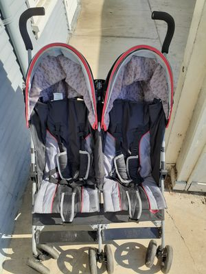Delta Children Double Umbrella stroller for Sale in Long Beach, CA