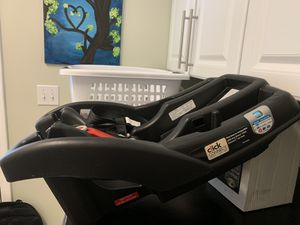 Graco car seat base for Sale in Canton, MI