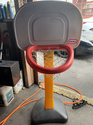 Basketball hoop for Sale in Chelsea, MA