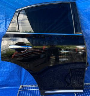 2009 2010 2011 2012 2013 2014 2015 2016 2017 INFINITI FX35 FX37 FX50 QX70 REAR RIGHT PASSENGER SIDE DOOR BLACK for Sale in Fort Lauderdale, FL