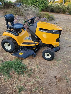 Cub Cadet Riding Mower Lawn Tractor for Sale in Ramona, CA