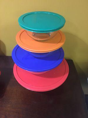 4 bowl Set Pyrex glassware, Used, great condition 1Qt, 1.5qt, 2.5qt, 4qt for Sale in Chicago, IL