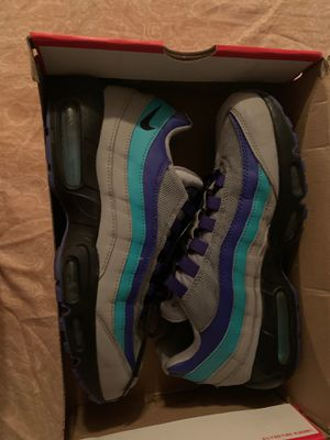 air max 95 size 9 for Sale in Fresno, CA